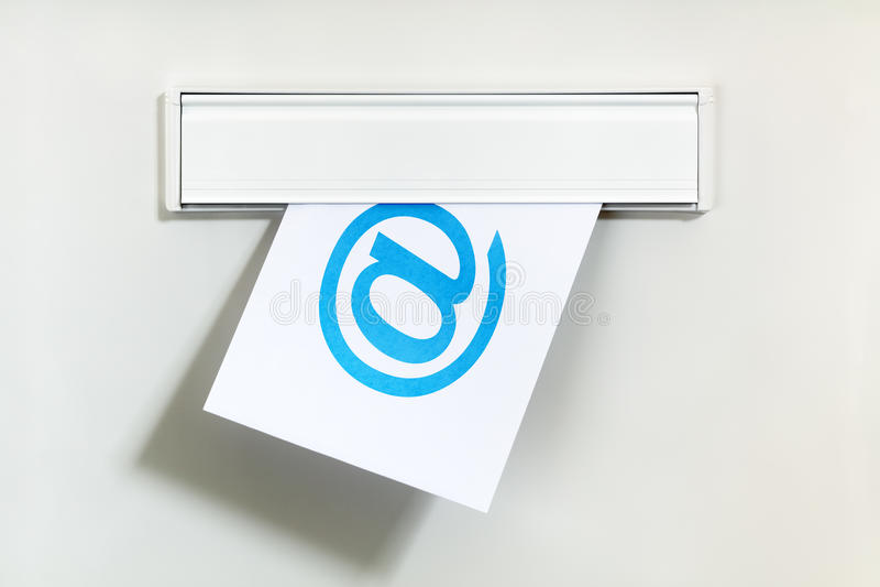 Email przez listowego pudełka obrazy royalty free