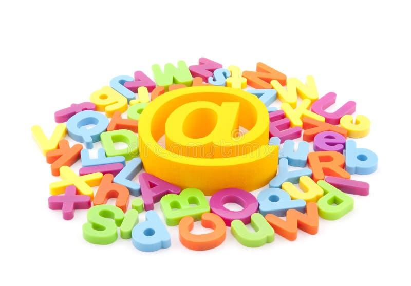 EMail-Symbol und bunte Zeichen lizenzfreies stockbild
