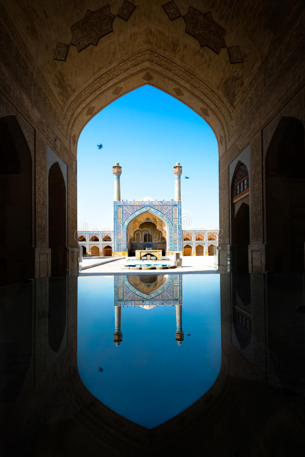 Emam-Moschee mit Reflexion isfahan iran stockfotos