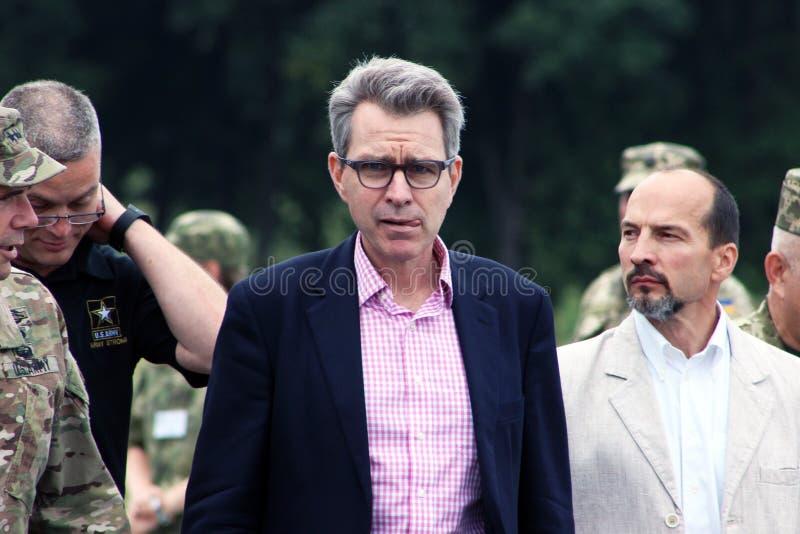 Embaixador extraordinário e plenipotenciário a Ucrânia Geoffrey Pyatt fotos de stock royalty free