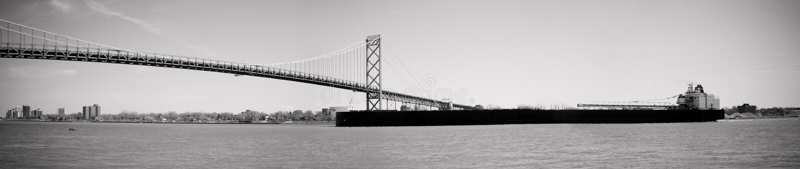 Embaixador Ponte do Seaway de Lawrence de Saint em Detroit fotos de stock royalty free