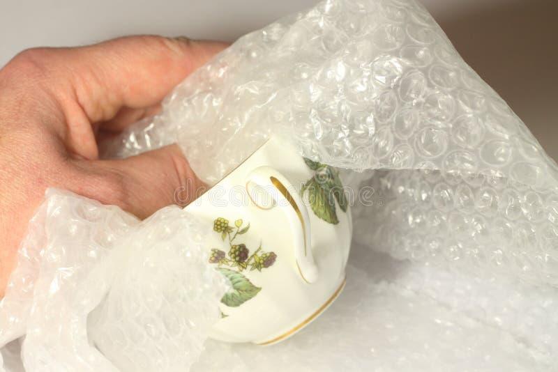 Embalaje de la taza antigua A imagen de archivo libre de regalías