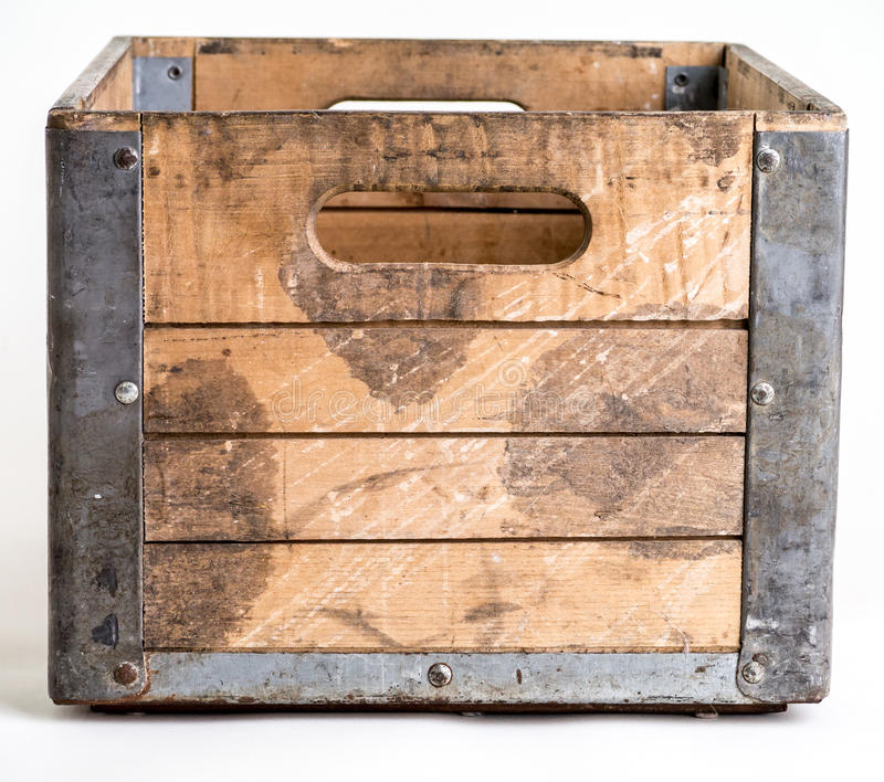 Embalaje de madera sobre blanco imagenes de archivo