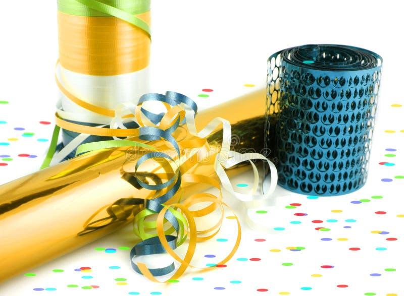 Embalaje y cintas de regalo colorido imagenes de archivo