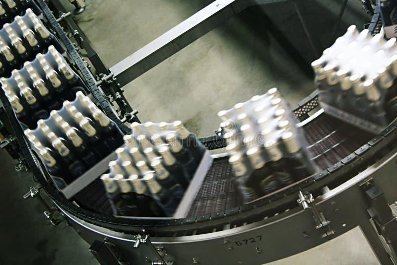 Emballage av öl arkivfoto