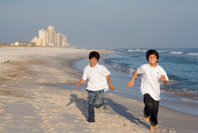 Emballage de garçons images libres de droits