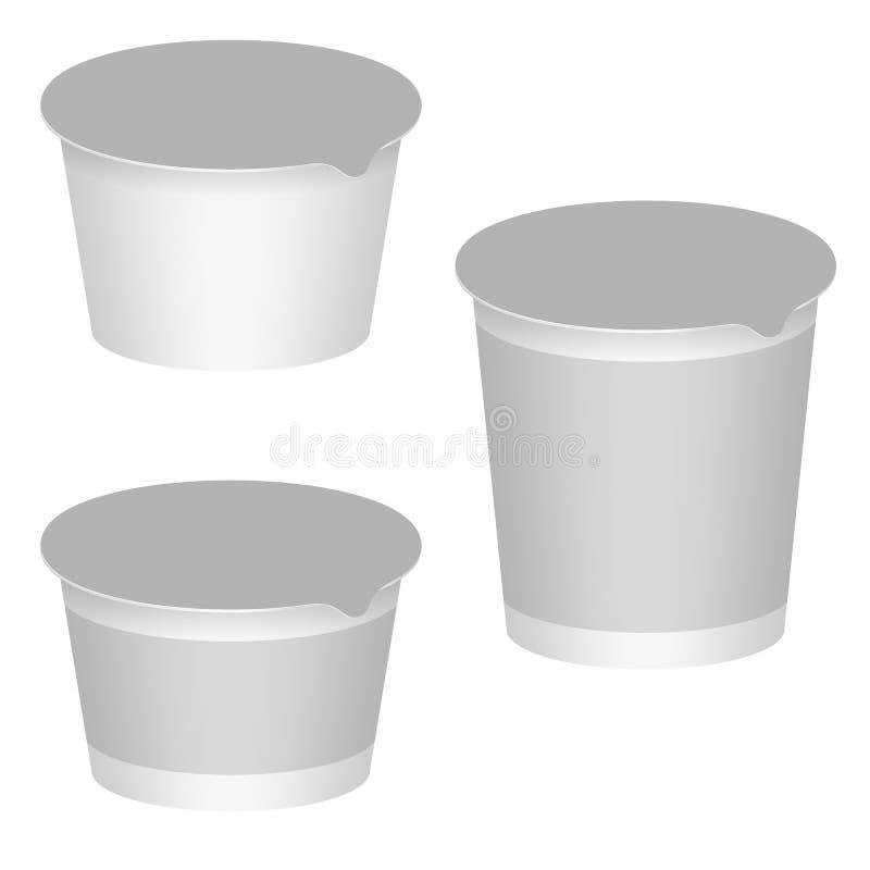 Emballage vide blanc pour le yaourt, produits laitiers, desserts. Ensemble illustration libre de droits