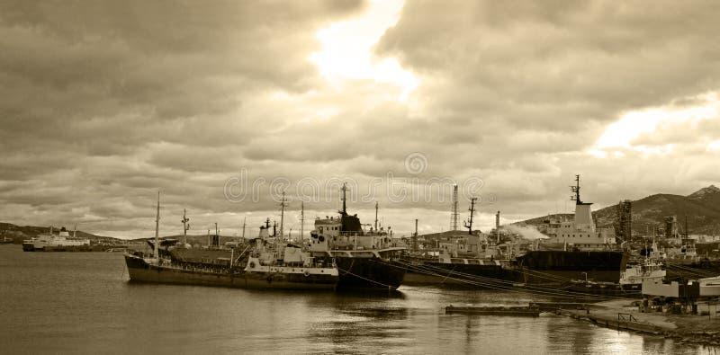 Embarcações de carga para a sucata fotografia de stock