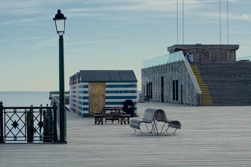 Embarcadero de Hastings, Sussex, Reino Unido Golpea dificultades foto de archivo