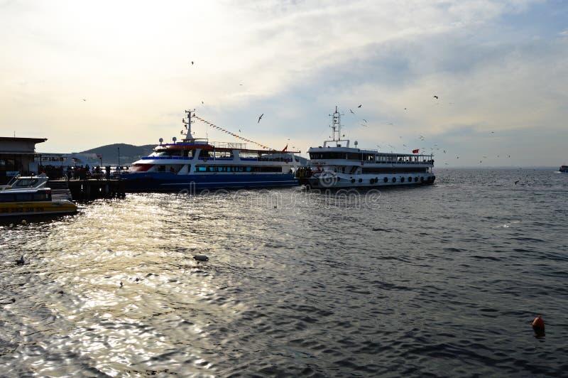 Embarcadero de princesa Island de Buyukada E imagen de archivo