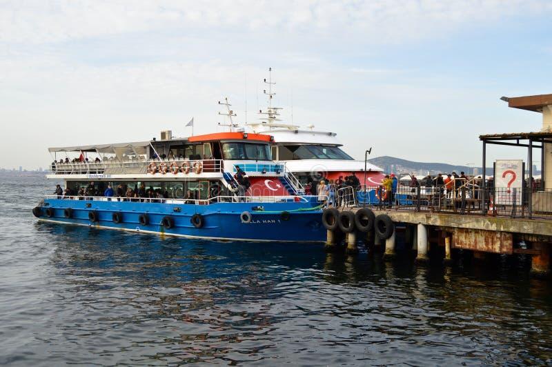 Embarcadero de princesa Island de Buyukada E foto de archivo libre de regalías