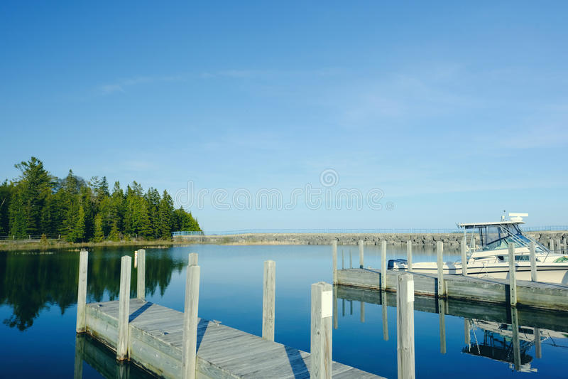 Embarcadero en el lago Hurón fotos de archivo libres de regalías