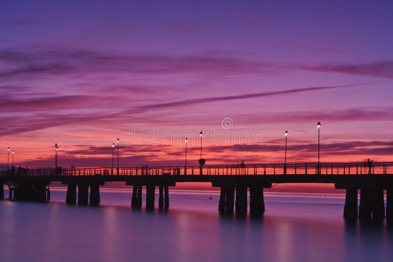 Embarcadero en la puesta del sol Versilia Italia fotos de archivo libres de regalías