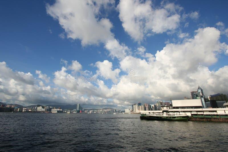 Embarcadero pálido del transbordador de Chai y puerto de Victoria, Hong-Kong fotos de archivo libres de regalías