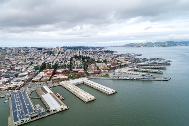 Embarcadero in San Francisco Oostelijke waterkant van de Haven van San Francisco royalty-vrije stock afbeeldingen