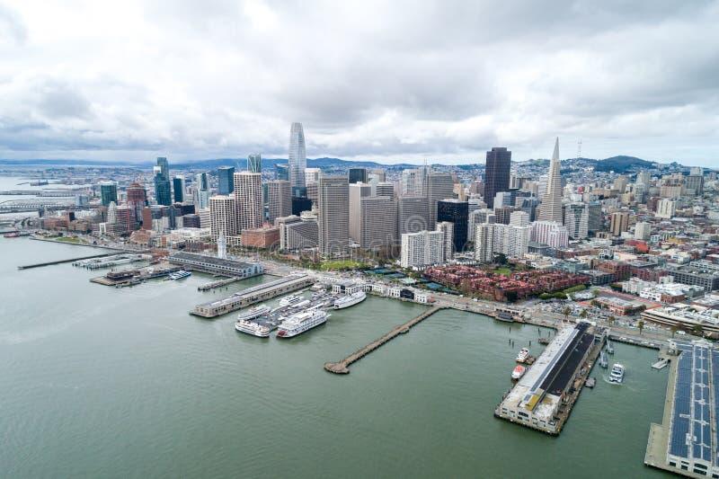 Embarcadero in San Francisco Oostelijke waterkant van de Haven van San Francisco royalty-vrije stock fotografie