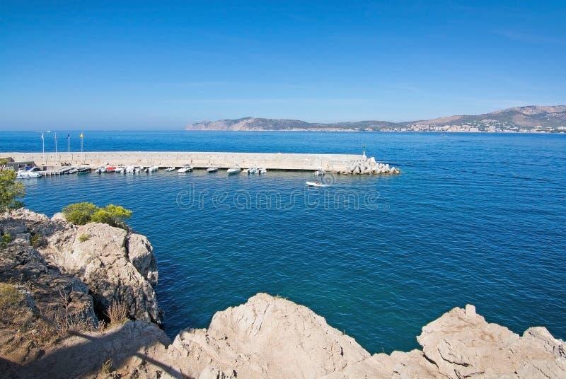 Embarcadero y entrada al club de Santa Ponsa Nautical fotos de archivo libres de regalías
