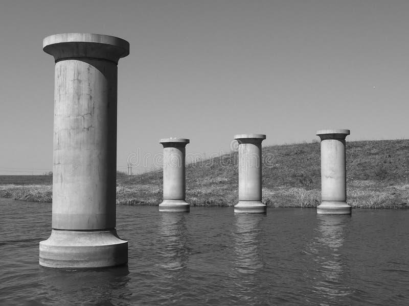 Embarcaderos del puente fotos de archivo libres de regalías