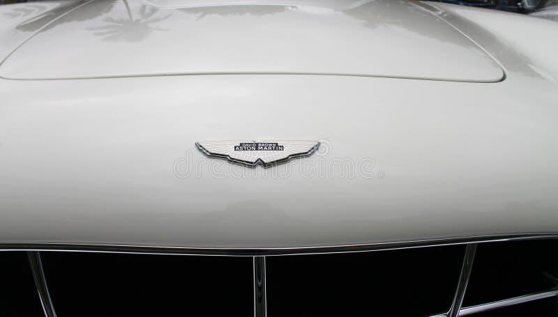 Emblème d'Aston Martin sur le modèle rare photographie stock libre de droits
