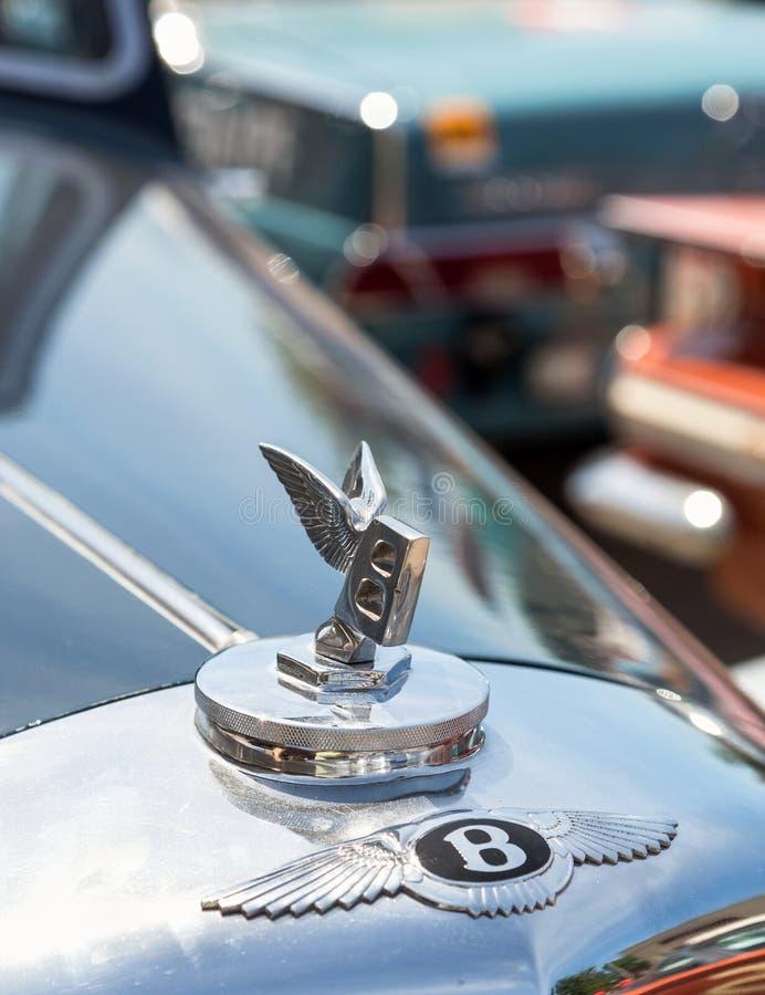 Emblem av en Bentley royaltyfria bilder
