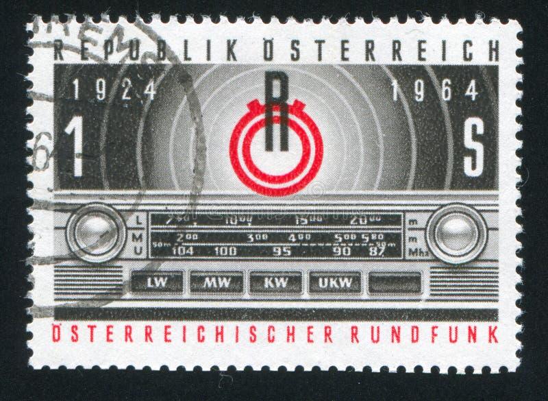 Emblem av radion Österrike och transistorpanelen arkivfoton
