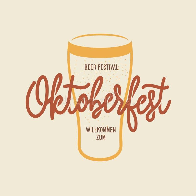 Emblem för typografi för Oktoberfest ölfestival Vektortappningillustration vektor illustrationer