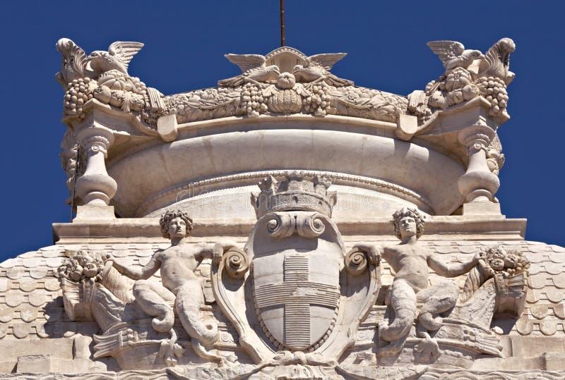 Emblem von Marseille am Longchamp Palast stockfoto