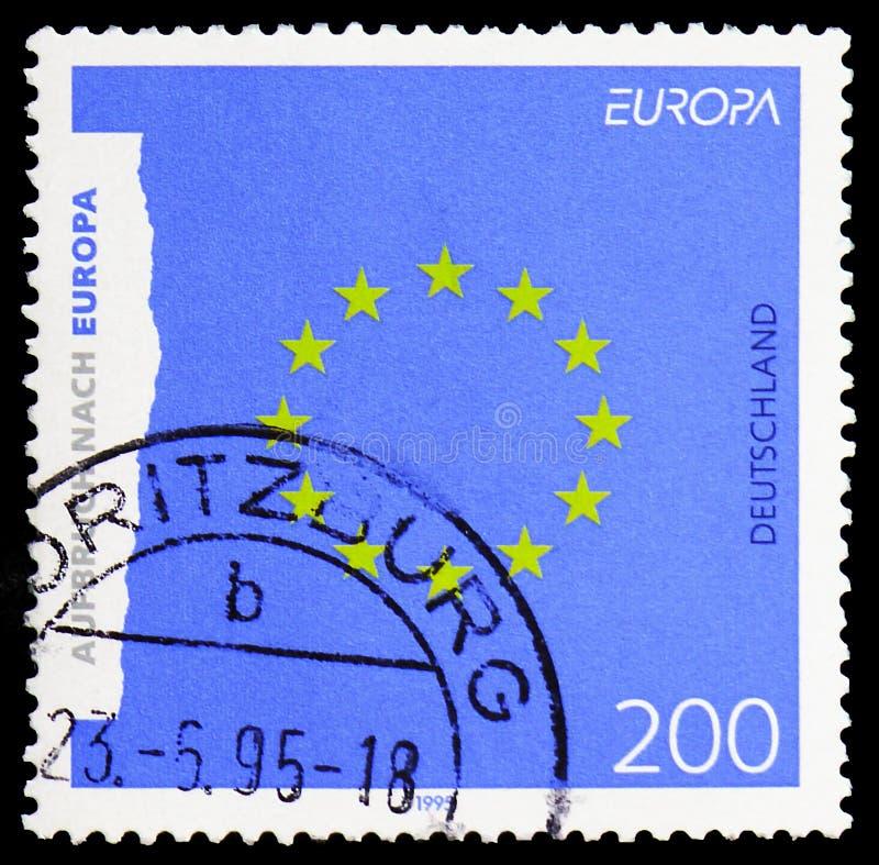 Emblema da Comunidade Europeia ?que move-se para CEPT 1995 de Europa ?, de Europa - serie da paz e da liberdade, cerca de 1995 fotos de stock royalty free