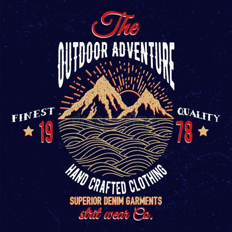Emblema da montanha e da aventura do mar ilustração do vetor