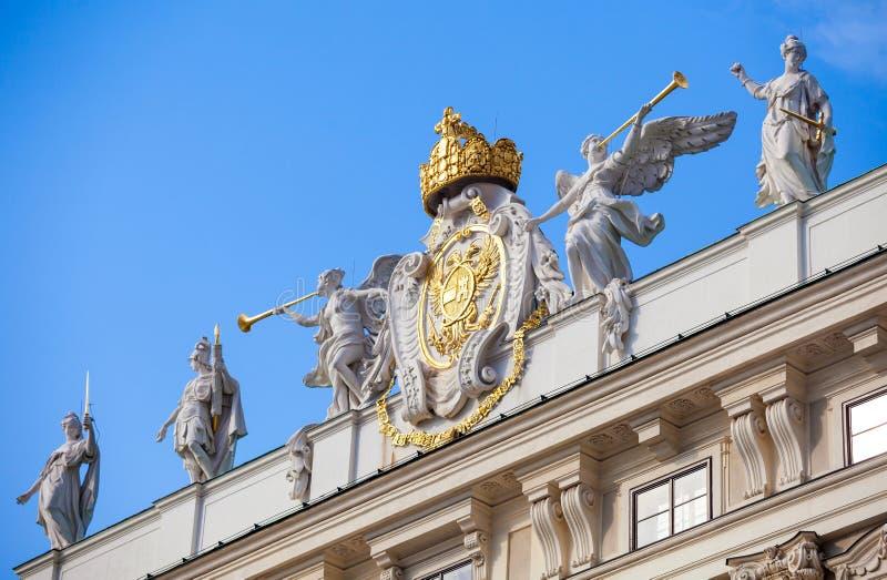 Emblemgarneringsymbol av den imperialistiska Chancelloryvingen arkivbild