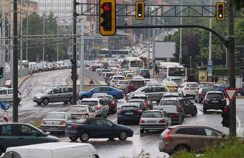Embouteillage dans l'heure de pointe Bulgarie Sofia images stock