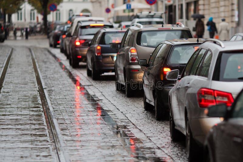 Embouteillage dans la ville photographie stock libre de droits