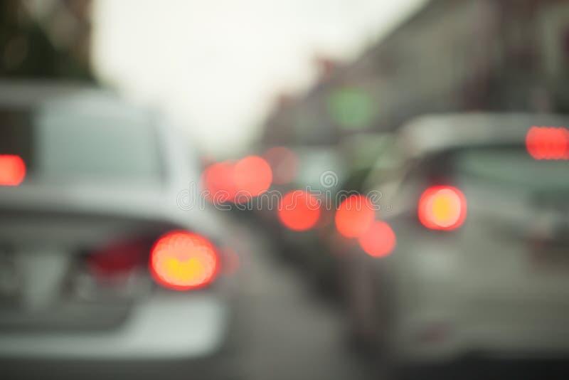 Embouteillages dans la ville - softfocus d'heure de pointe et au-dessus de trouble photo stock