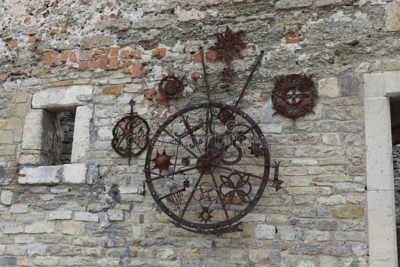 Embrasure im Wachturm der alten Festung stockbilder