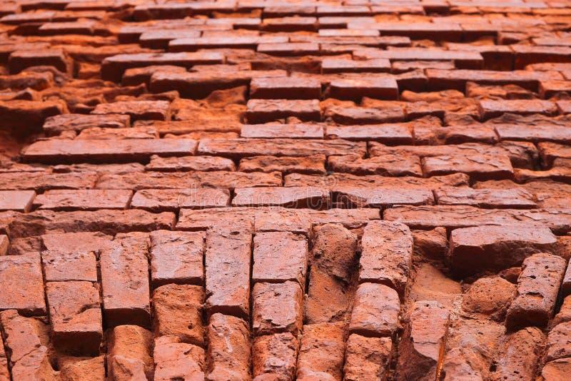Embrasure und ein Fragment der Wand der Festung lizenzfreie stockfotografie