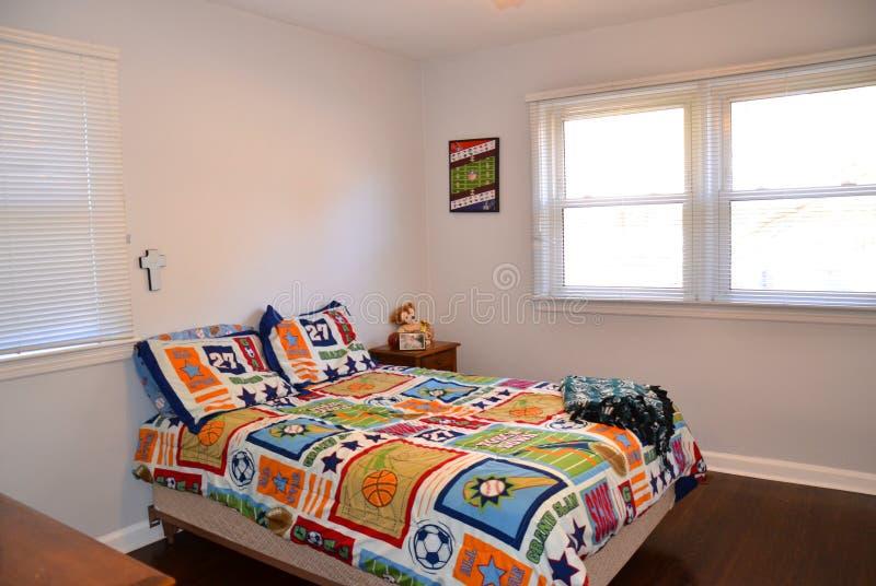 Embroma el dormitorio foto de archivo libre de regalías