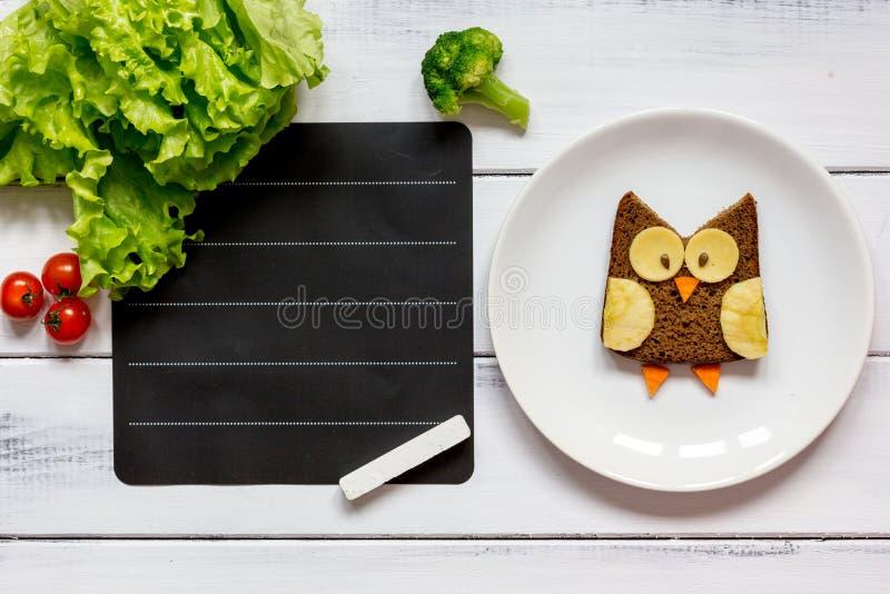 Embroma el lugar formado búho del bocadillo del menú para la opinión superior del texto fotos de archivo libres de regalías