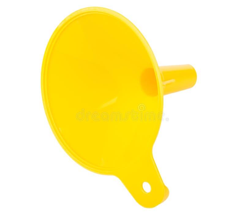 Embudo plástico amarillo de la cocina aislado en blanco imagen de archivo libre de regalías