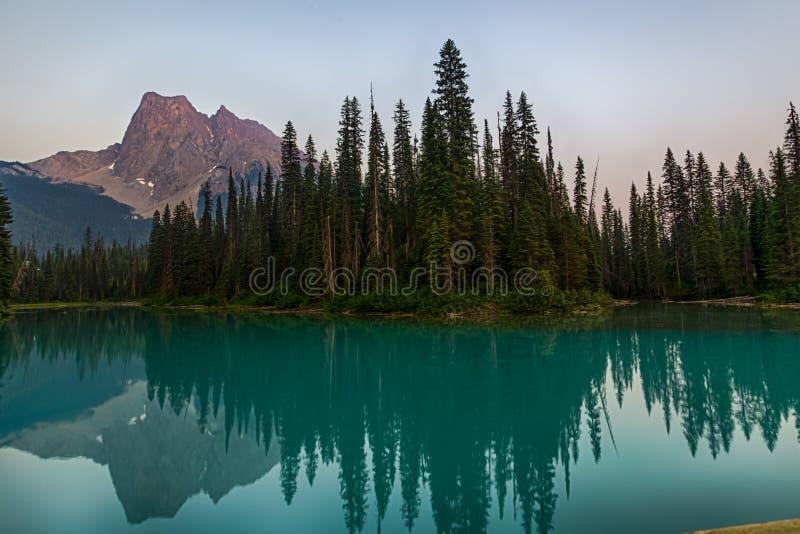 Emerald Lake Reflection stockfotos