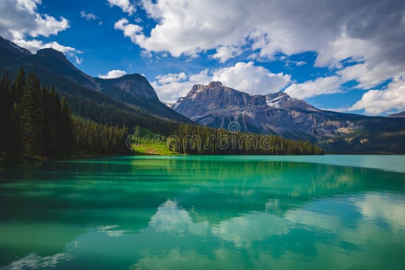 Emerald Lake Reflections foto de archivo libre de regalías