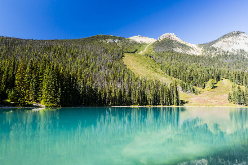 Emerald Lake, Yoho National Park, Britisch-Columbia, Kanada stockfotos