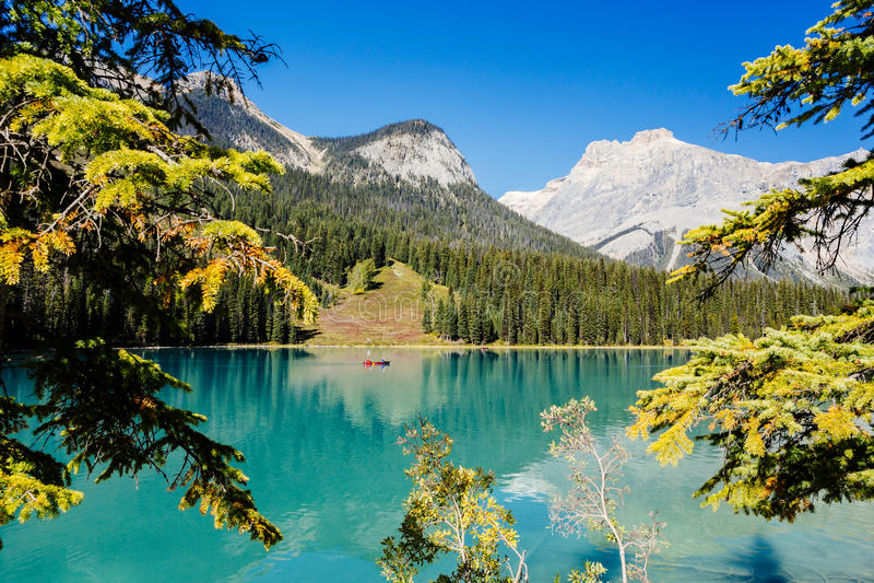Emerald Lake, Yoho National Park, Colombie-Britannique, Canada photos libres de droits