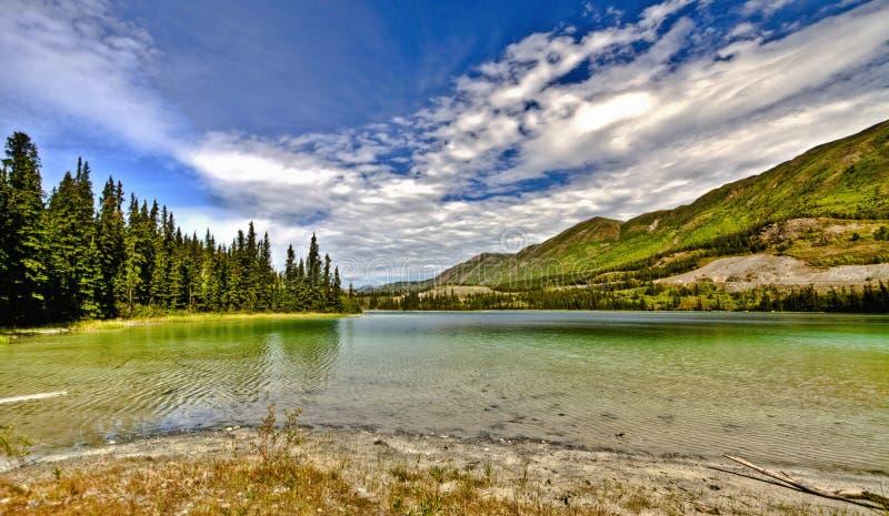 Emerald Lake In Yukon en Canadá foto de archivo