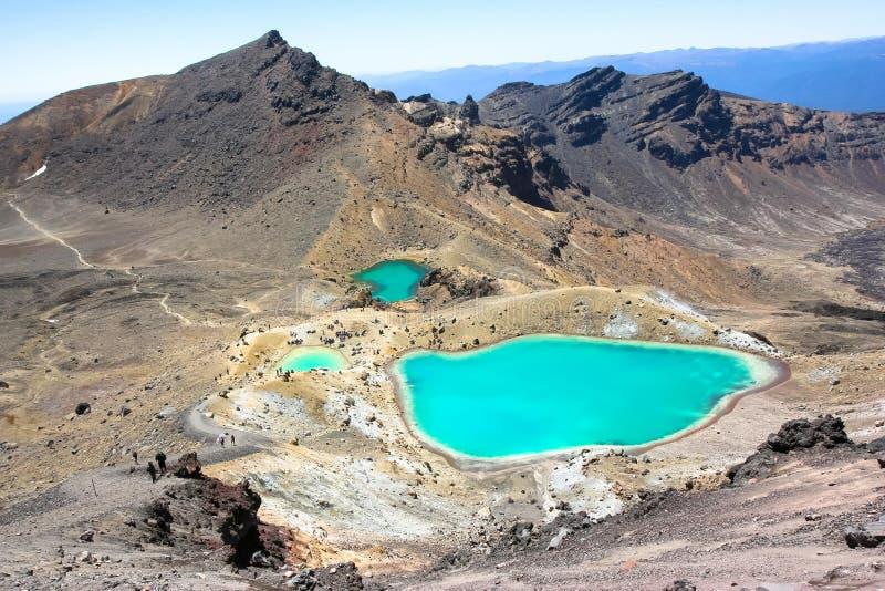 Emerald Lakes, cruzamento de Tongariro, Nova Zelândia imagem de stock