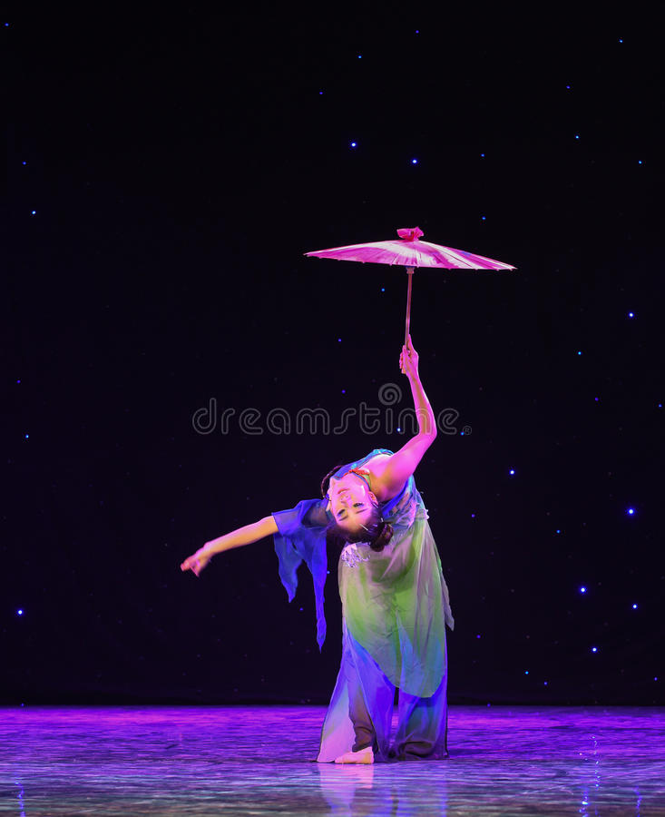 The emergence of Reiki snake-Chinese classical dance. Graduation performance of class5, grade 11, dancing department,Jiangxi Vocational Academy of Art on Dec 26 royalty free stock photos