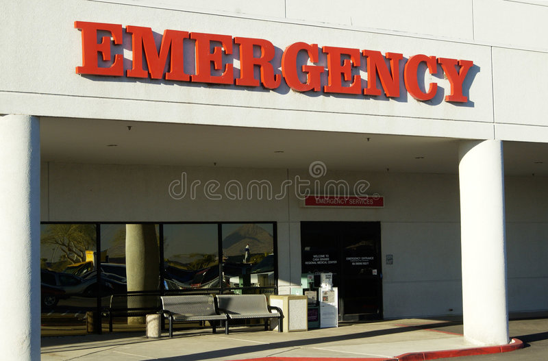 Download Emergency stock image. Image of paramedic, treatment, crisis - 332747
