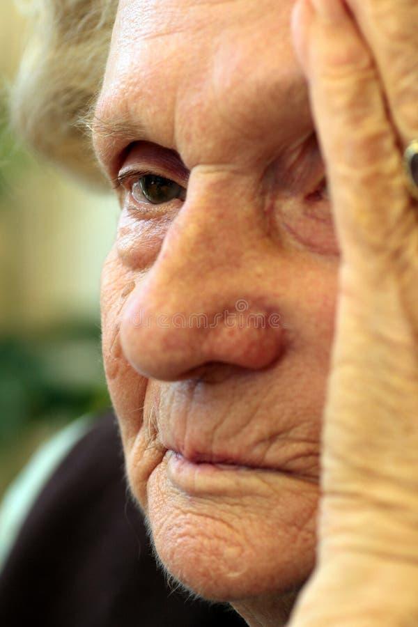 Emicrania delle nonne fotografia stock