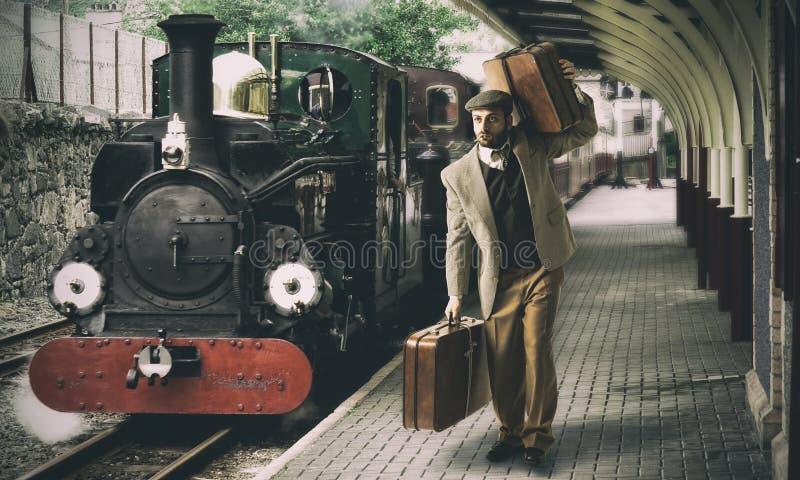 Emigrant aan het station royalty-vrije stock fotografie