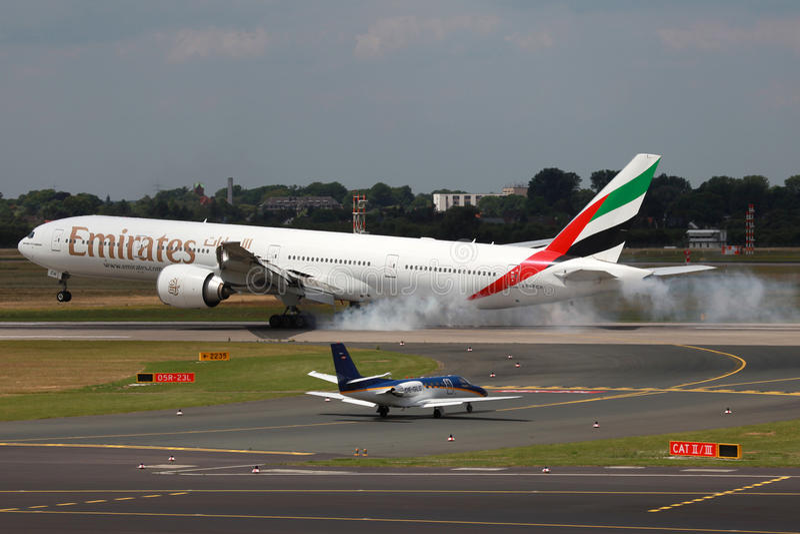Emirates Boeing 777-300ER editorial image. Image of seven ...