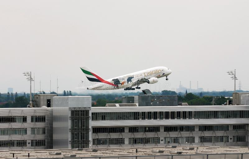 Emirates A380 United for Wildlife livery fotografie stock